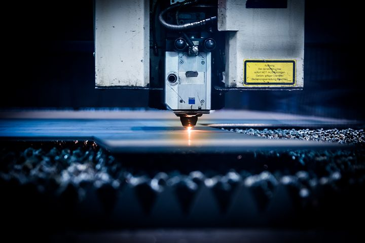 3 Niche Careers To Pursue With One Laser Cutting Machine
