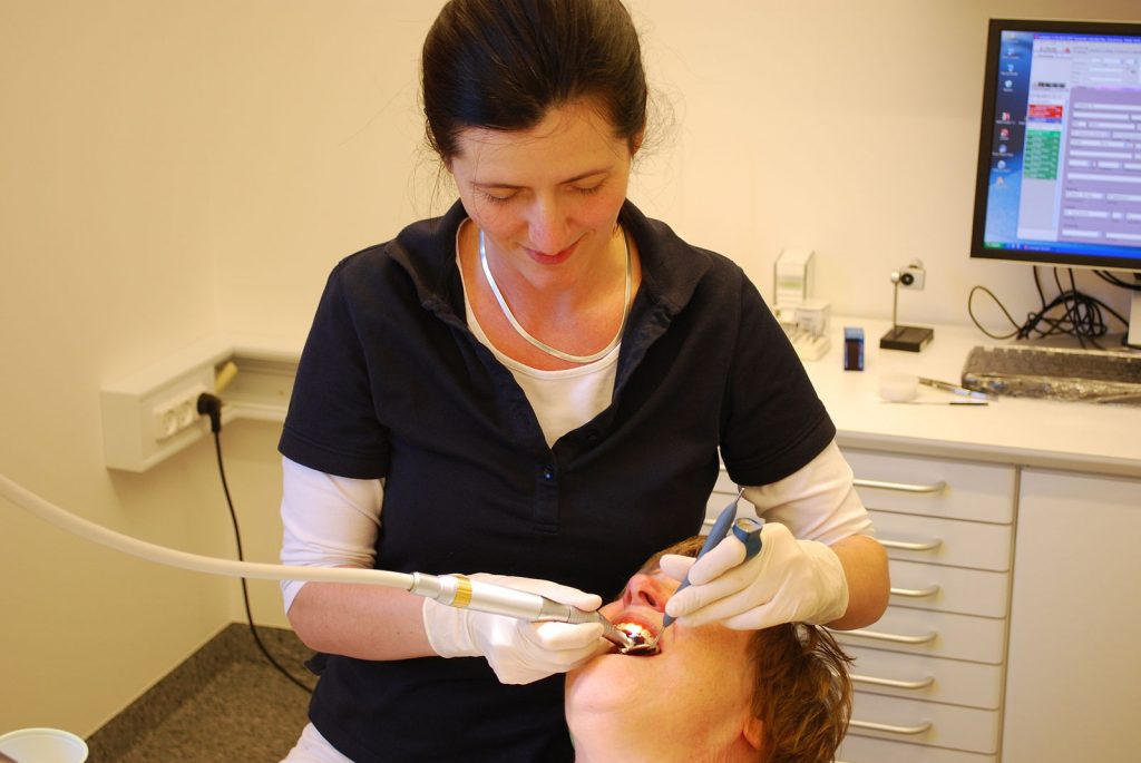 Emergency dentist Lilydale based treating a female patient